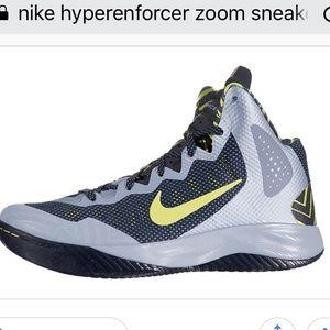 Nike Hyperenforcer XD Zoom Sneaker